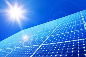 Aurinkopaneelien hyötysuhde lähestyy jo 50 prosenttia.