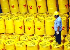 Yhdysvaltain ydinjätevarastoissa on jo 68 000 tonnia korkea-aktiivisia jätteitä, eikä loppusijoituspaikasta ole vielä tietoakaan - 100 vuotta ydinteknologian aikakauden alusta.