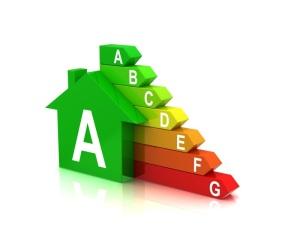 EU on kyllä säätänyt tarkat normit rakennusten energiatehokkuudelle, mutta ainakaan julkisten tilojen saneeraukseen myönnetyillä rahoilla näitä vaatimuksia ei täytetä, osoittaa Euroopan tilintarkastustuomioistuimen raportti.