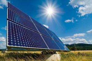 Aurinkoenergian hyödyntäminen lisääntyy nopeasti kaikkialla.