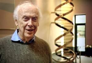 James Watson ja DNA-malli.