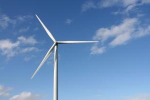 Uusiutuvan energian tuotanto on voimakkaassa myötätuulessa.