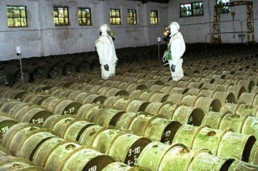 Syyrialla oli varastoituna satoja tonneja valmiita taistelukaasuja sekä kemiallisten aseiden valmistukseen tarvittavia raaka-aineita. Kuvalähde: military.com.
