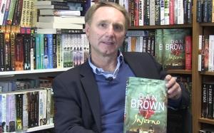 Menestyskirjailija Dan Brown auttaa kuuluisaa amsterdamilaiskirjastoa saattamaan julkisuuteen aineistot, joihin muun muassa Inferno-teos perustuu. Kuva: The Telegraph.co.uk.