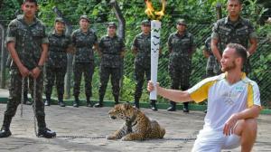 Juma-jaguaarin olympialaiset päättyivät jo ennen avajaisia armeijan viidakkosodankäynnin koulutuskeskuksessa Manausissa. Kuva: Jair Araujo, AFP, Diario do Amazonas.