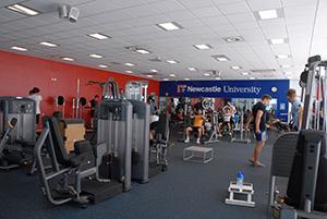 Newcastlen yliopisto on saarivaltakunnan yhdeksänneksi ansioitunein urheilun vertailussa, ja lähes 40 miljoonan euron panostukset kertovat korkeakoulun halusta parantaa opiskelijoidensa liikuntamahdollisuuksia. Kuva: ncl.ac.uk.